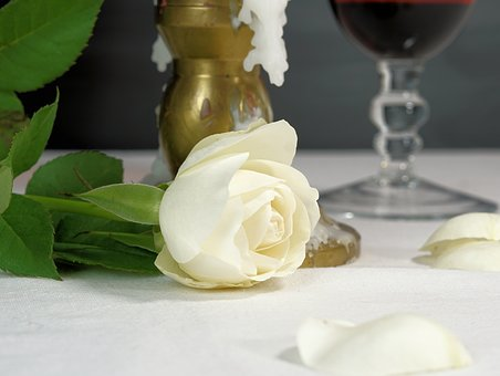 romantic-2900271__340